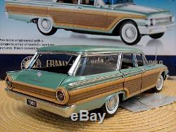 Franklin Mint 1961 Ford Country Squire Wagon. 124. Nib. Rare. Perfect. New